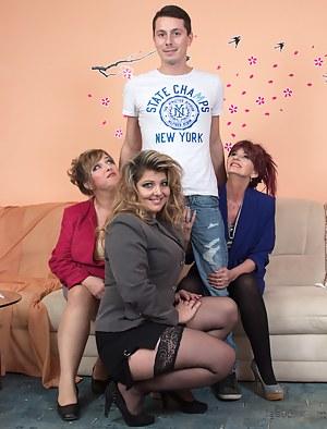 XXX Mature Foursome Porn Pictures