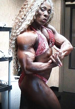 XXX Mature Bodybuilder Porn Pictures