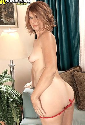XXX Mature Ass Porn Pictures