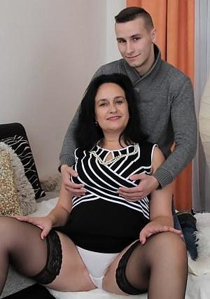 XXX Mature Panties Porn Pictures