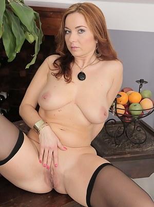 XXX Mature Perfect Tits Porn Pictures
