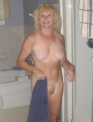 XXX Mature Girlfriend Porn Pictures
