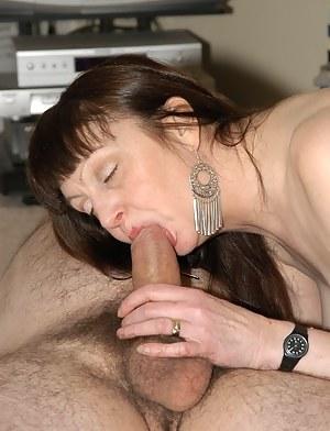XXX Mature Blowjob Porn Pictures