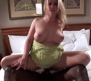 XXX Mature Big Natural Tits Porn Pictures