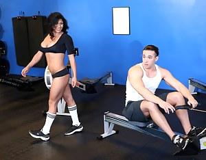 XXX Mature Gym Porn Pictures