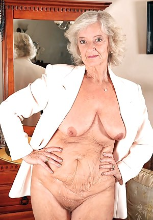 XXX Granny Porn Pictures