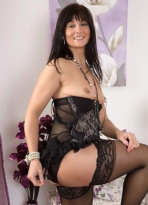 XXX Mature Lingerie Porn Pictures