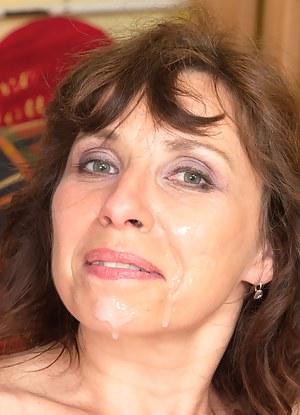 XXX Mature Facial Porn Pictures