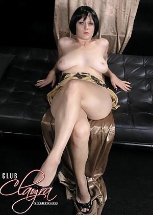 XXX Mature Legs Porn Pictures