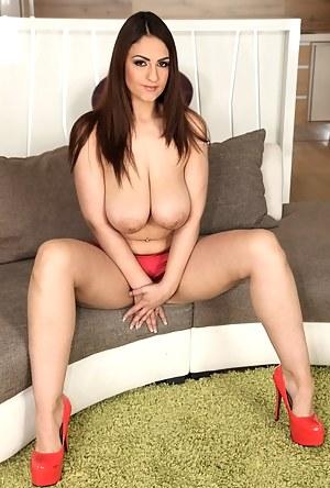 XXX Mature Big Boobs Porn Pictures