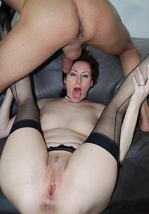 XXX British Mature Porn Pictures