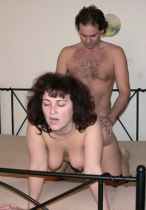 XXX Mature Doggystyle Porn Pictures