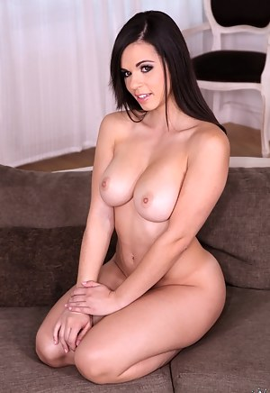 XXX Mature Perfect Tits Porn Pictures