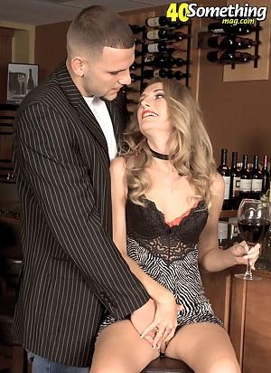 XXX Drunk Mature Porn Pictures