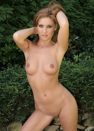 XXX Wife Porn Pictures